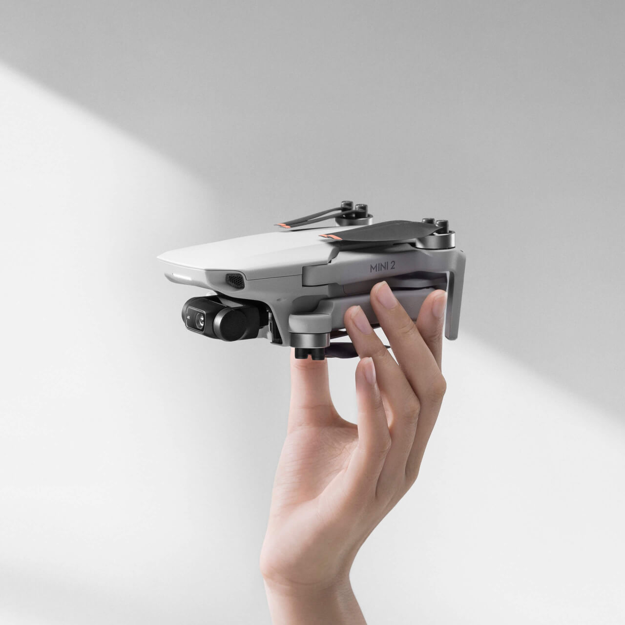 DJI MINI 2 Dronas (1)